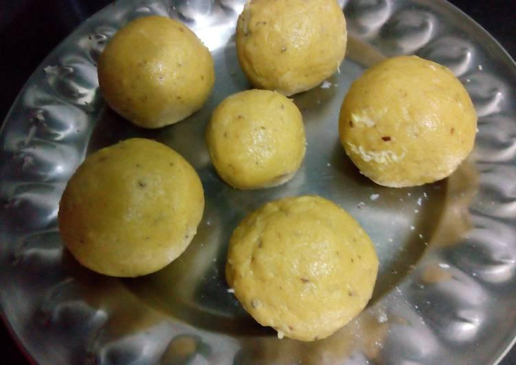 Chickpea flour Ladoos
