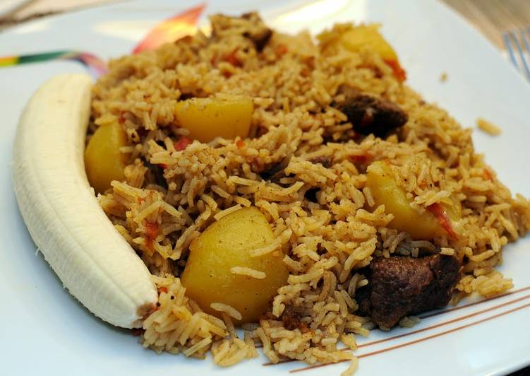 Old Fashioned Dinner Easy Quick Chicken or meat Pilau (thick rice version)