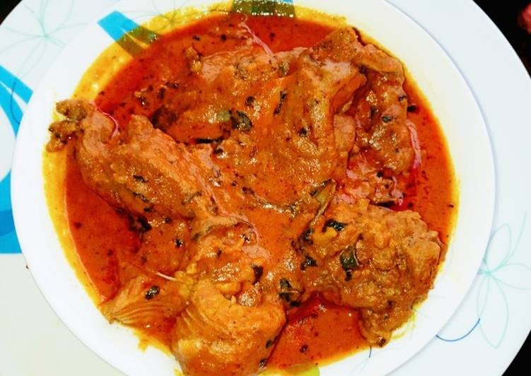 10 Minute Simple Way to Make Any Night Of The Week Banga soup with fresh cat fish and beef
