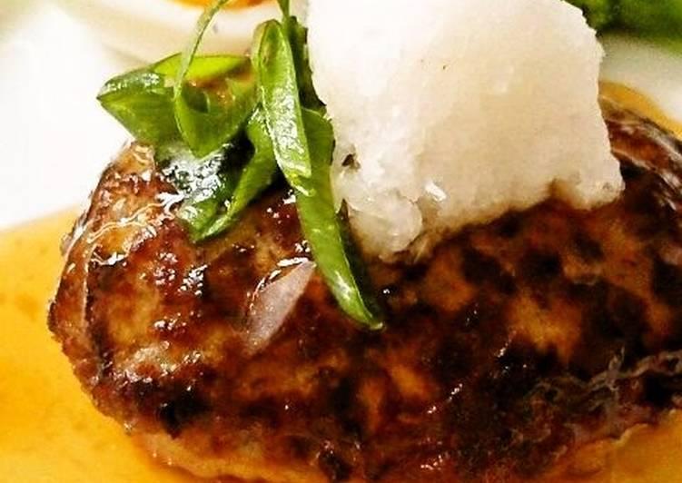 Plump Japanese-style Hamburger Steaks with Grated Daikon Radish