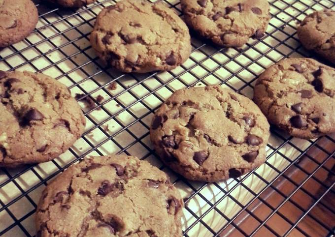 Step-by-Step Guide to Make Jamie Oliver Chocolate chip cookies