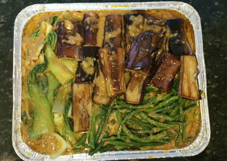25 Minute Recipe of Quick Kare-kare(oxtail and tripe in peanut sauce)