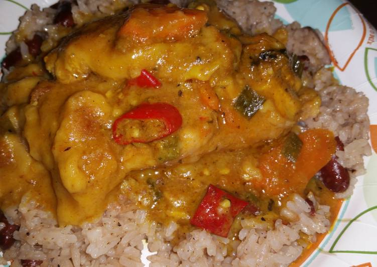 Recipe of Homemade Slow cooker curry chicken and easy rice and peas
