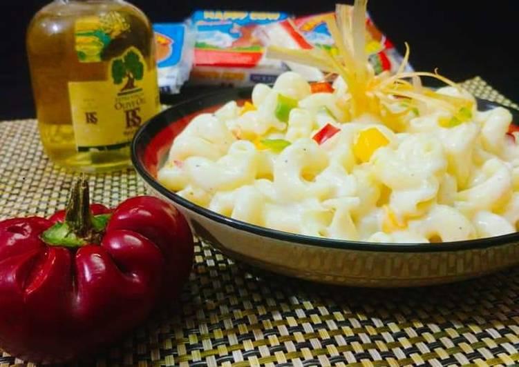 Cheese macroni white Sauce