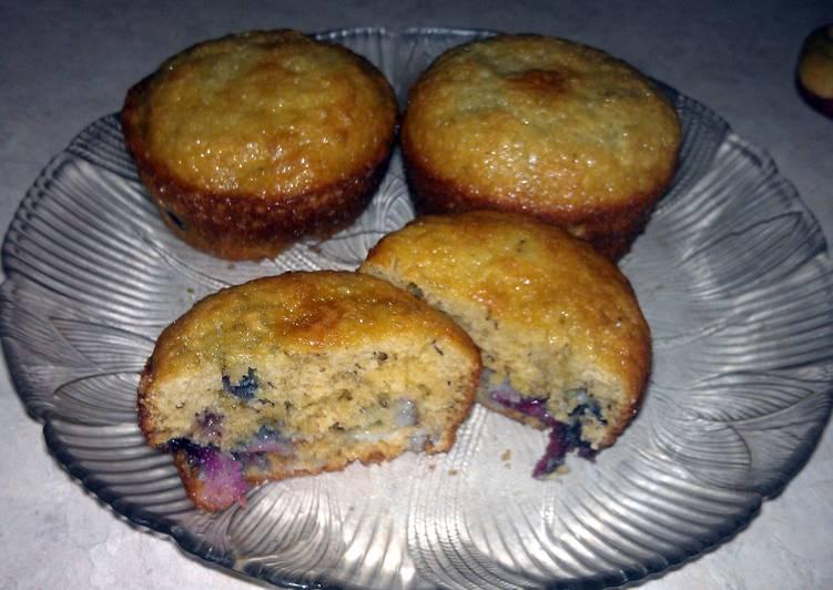 banana cherry muffins