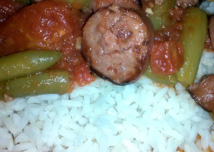 stewed tomatoes and sausage