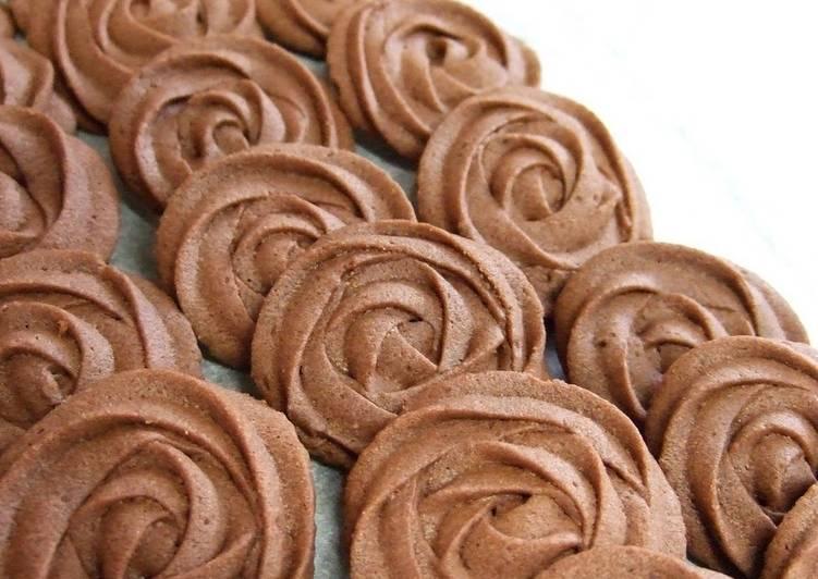 Simple Valentine's Rose Cookies