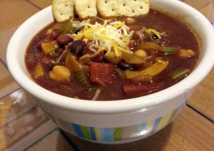chunky veggie chili!