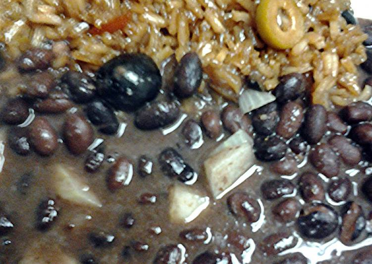 Olive rice and malta with black beans
