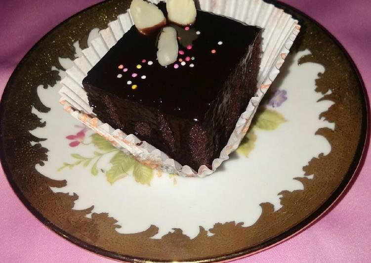 Resep Chocolate cake siram ganache (no mixer no oven) Anti Gagal