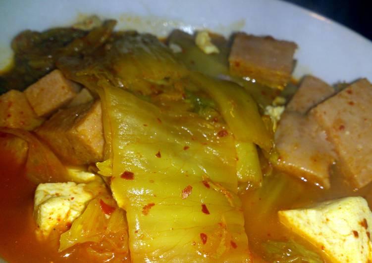 Simple FAST Kimchi Soup (chigae)