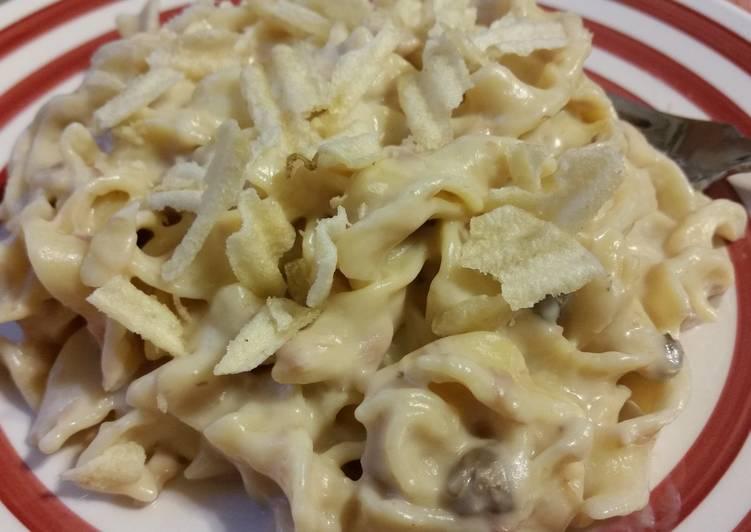Recipe: Appetizing Creamy Tuna Noodle Casserole