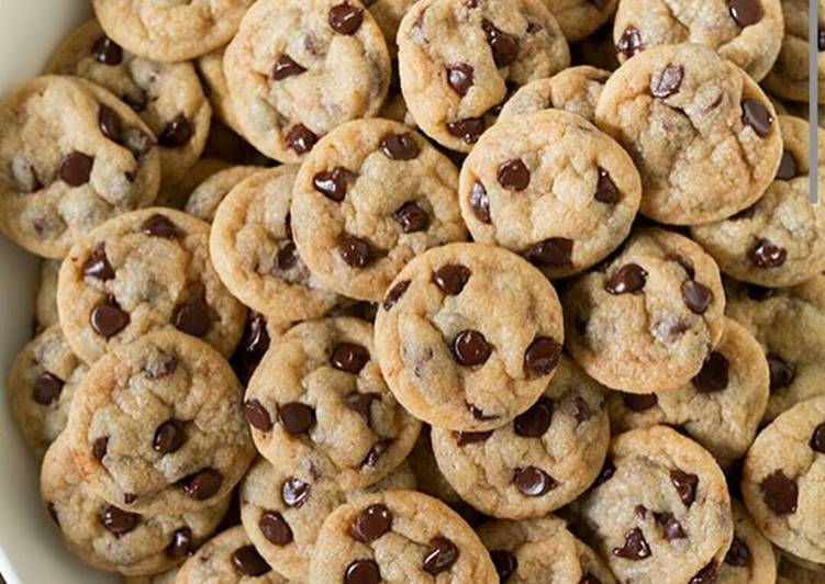 Mini Chewy Crunchy Cookies