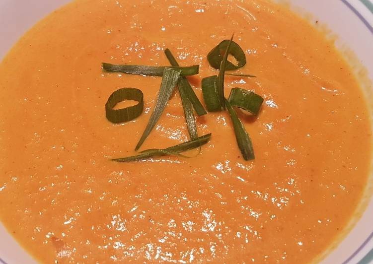 Roasted Carrot and Curry Soup