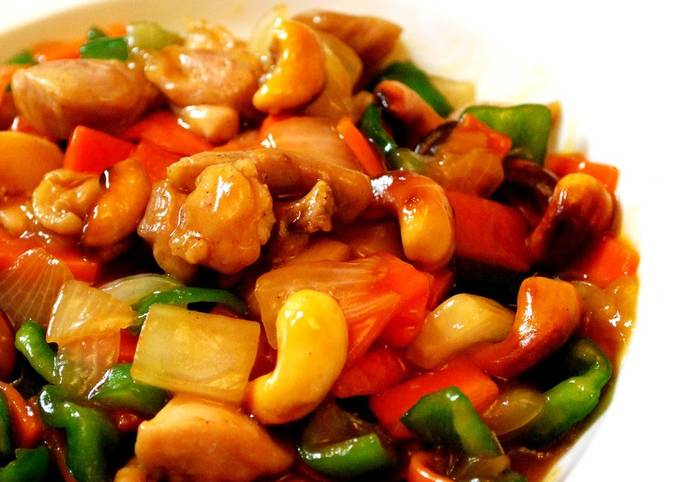 Recipe of Quick Stir Fried Chicken with Cashew Nuts
