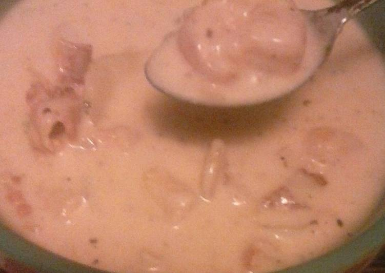 Kayla's shrimp and clam chowder