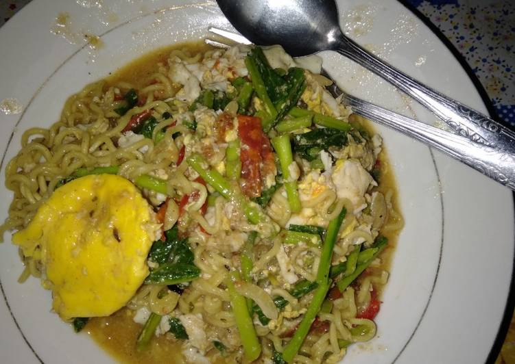 Resep Indomie telur kuah Bikin Jadi Laper