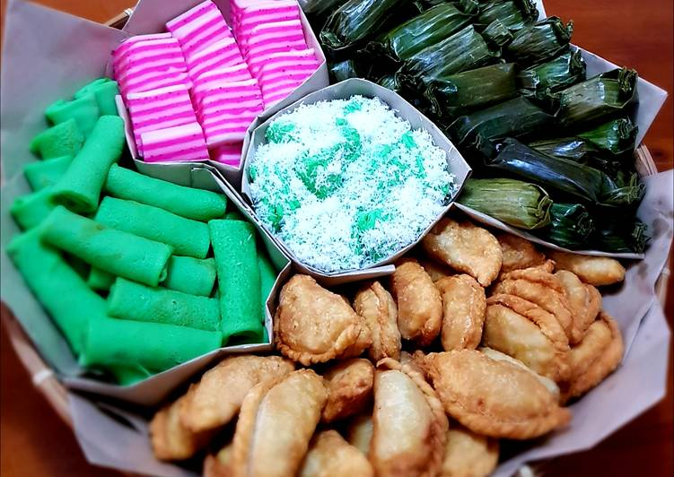 The Best Five Traditional Indonesian Cake Jajan Pasar )