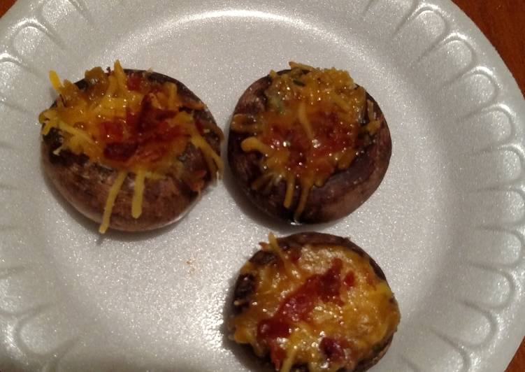Recipe: Delicious Cheese, Bacon, Ranch Stuffed Mushrooms