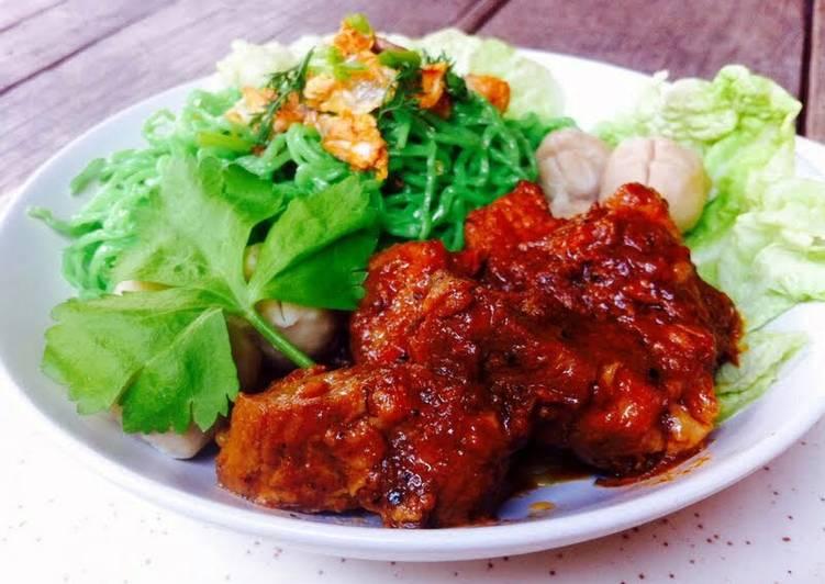 Kanya's Roasted Pork Noodles