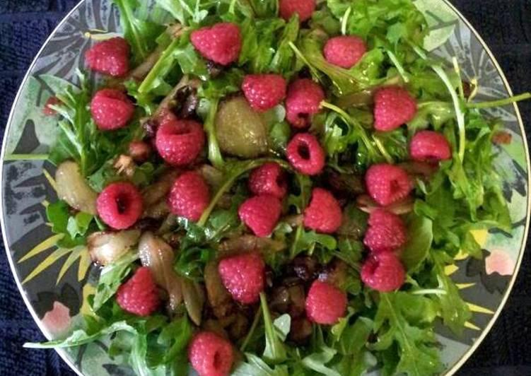 Balsamic Raspberry Arugula Salad - Vegan