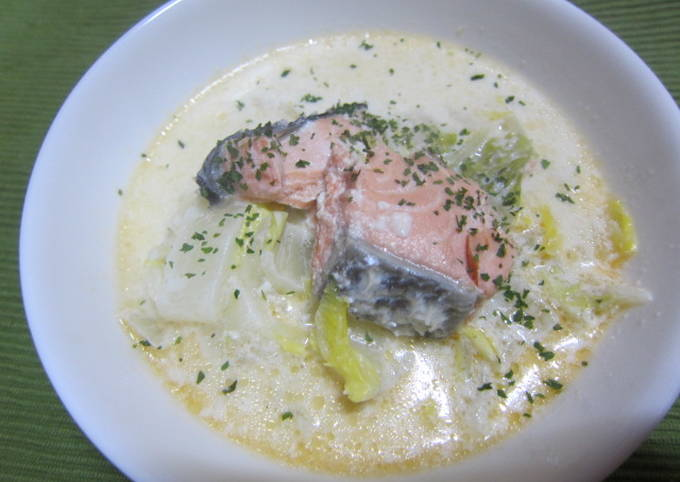 Salmon & Chinese Cabbage Milk Soup