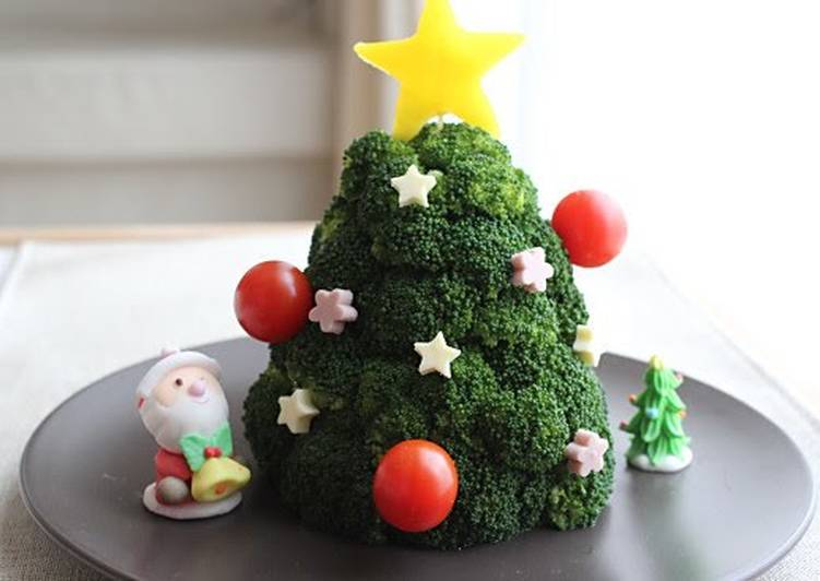 How to Improve Your Mood with Food Broccoli Christmas Tree Salad