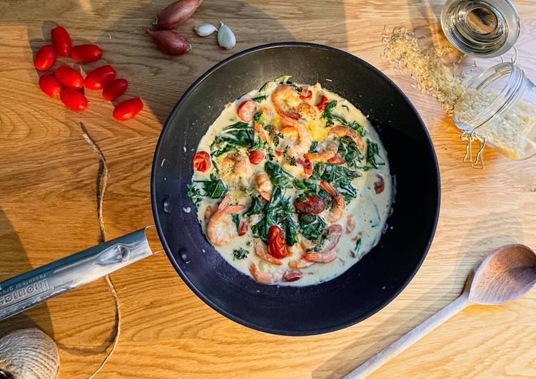 Crevettes aux épinards, tomates cerises et parmesan