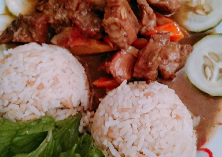 Recipe of Any-night-of-the-week Rice and pork meat sauce