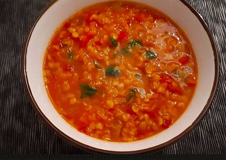 Sopa de lentejas con pimiento