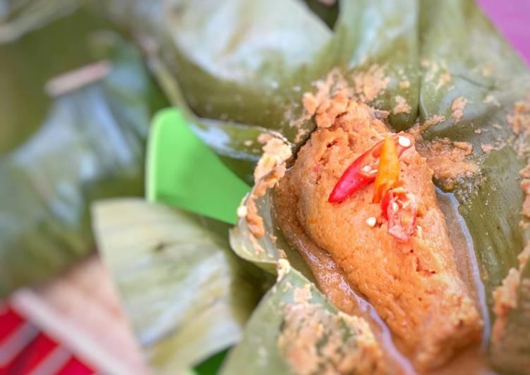 Pepes ikan laut (menu diet sehat tanpa gula dan minyak)