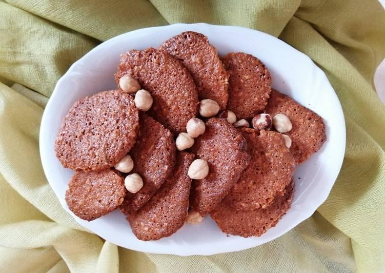 Biscotti alle nocciole con farina di lenticchie