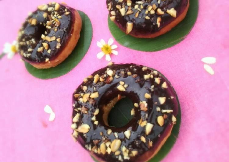 Chocolate Vla Donut