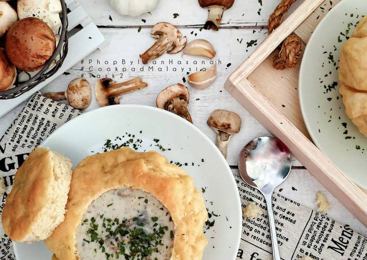 Mushroom soup Sourdough bread bowl - velavinkabakery.com