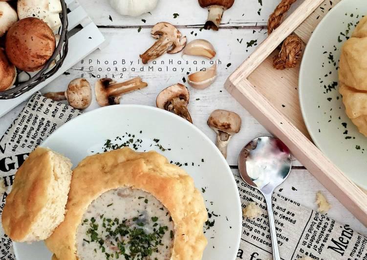 Mushroom soup Sourdough bread bowl