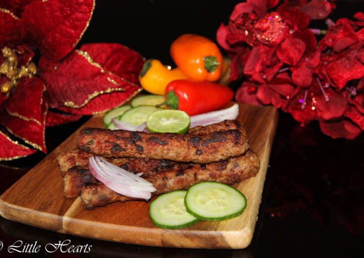 Seekh Kebabs / Pakistani Style Spicy Grilled Ground Meat Skewers