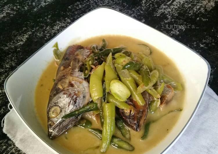 Tauco ikan khas minang