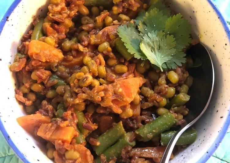 Kichadi/ Kitchari - vegan Deciding on Healthy and balanced Fast Food