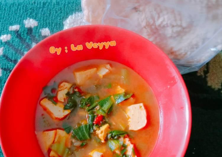 Sundubu jjigae (sup tahu pedas) sederhana ala ala La Veyya