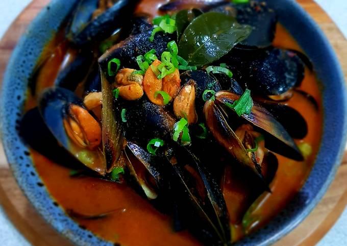 Spicy Organic Black Mussels