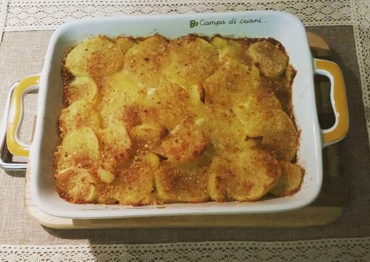 Ricetta Tortino di patate a fette con spinaci, prosciutto e formaggio