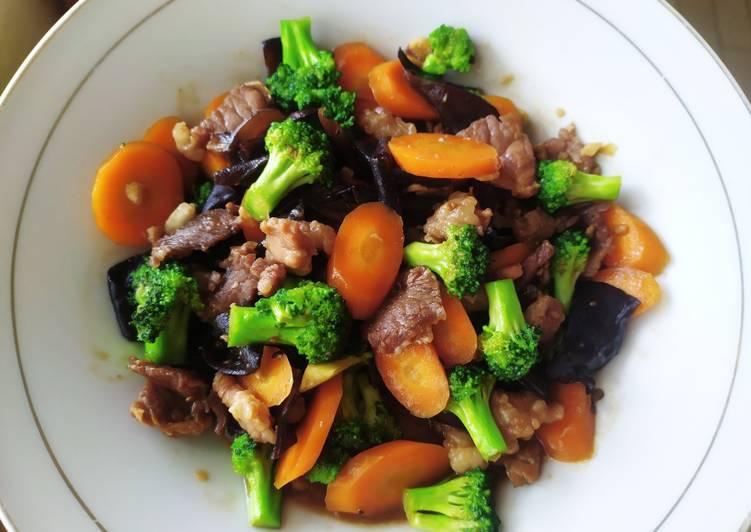 Resep Sapi Lada Hitam Mix Sayuran Yang Umum Dijamin Sedap