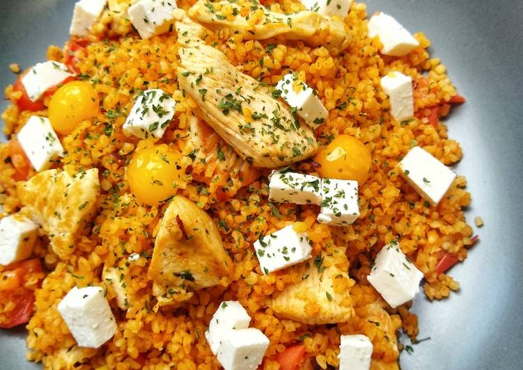 Recipe of Homemade Bulgur Wheat With Chicken, Feta & Tomatoes