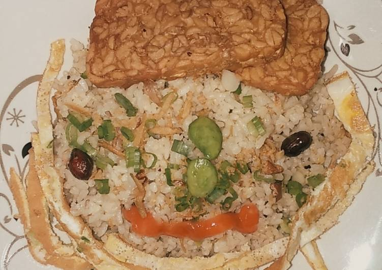 Nasi Goreng Teri Kacang