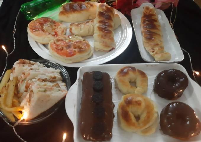 Party snacks(bread rolls)