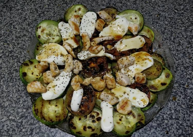 Ensalada de calabacín, tomate y Mozzarella