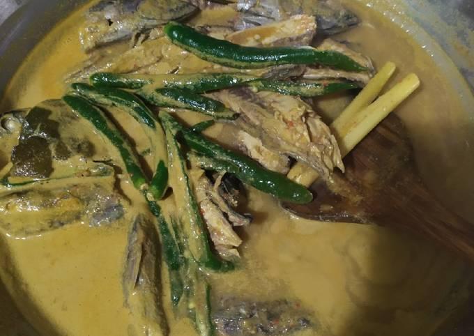 Gulai ikan tongkol cabe hijau