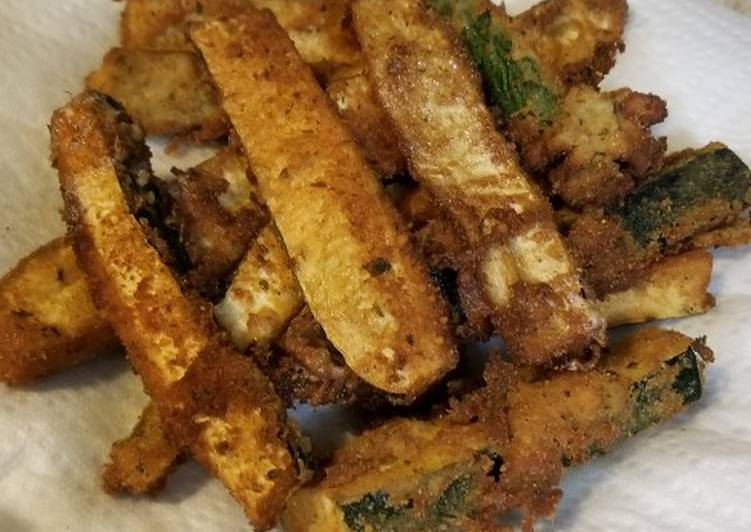 Steps to Prepare Favorite Parmesan Crusted Fried Green Tomatoes & Zucchini Spears