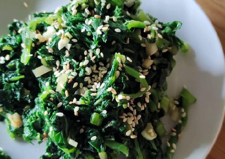 Salad bayam (sigeumchi namul)