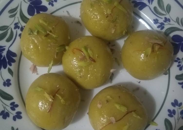 Steps to Prepare Any-night-of-the-week Kesari custard ladoo